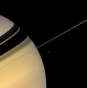 saturn+rings+moon