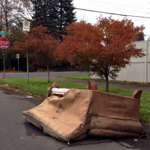 discard-couch-11-21-14-2