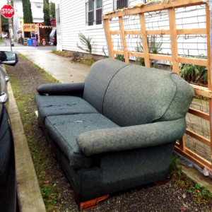 discard-couch-12-21-14