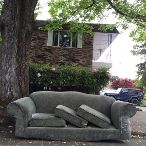 discarded-couch-5-11-15