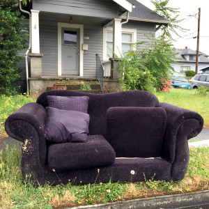 discard-couch-6-1-15-3