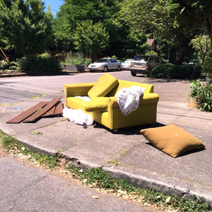 discard-couch-6-26-15