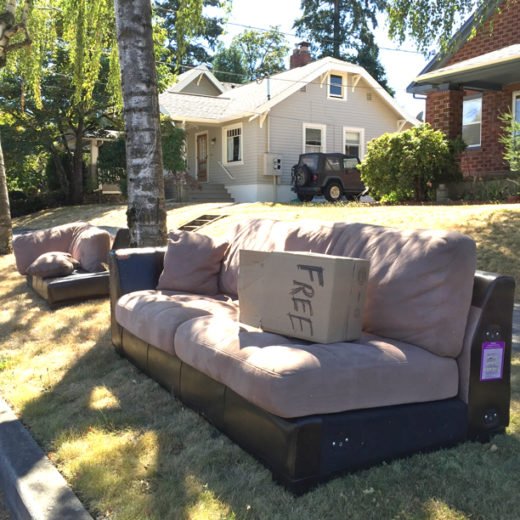 discarded couch 8-21-16 3